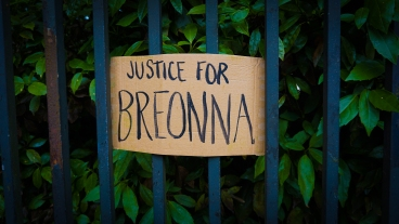 """""""JUSTICE FOR BREONNA"""" a cardboard reads at a 'Black Lives Matter' protest in London. Photograph taken by Daniella Ekundayo"""